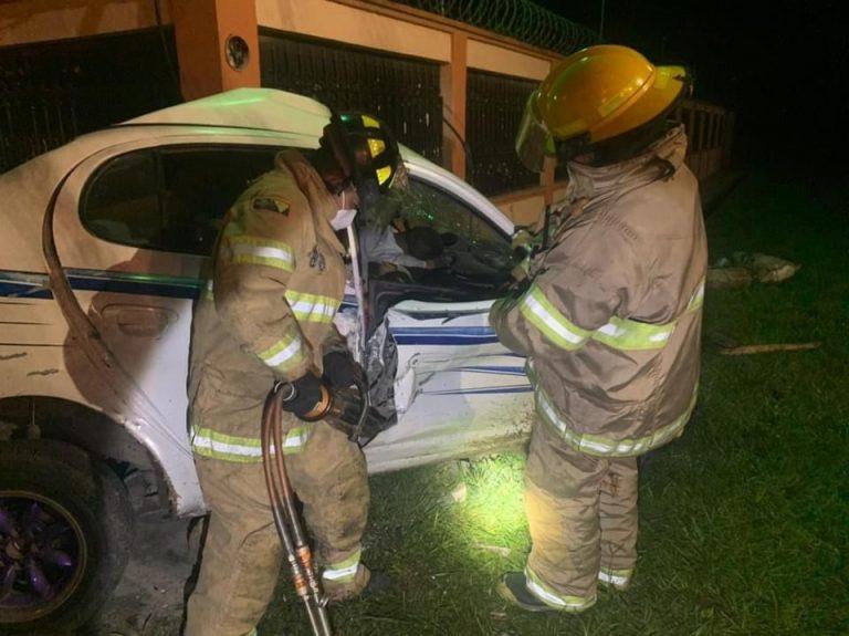 Amigo llegó a su casa, lo invitó a salir y murieron en accidente