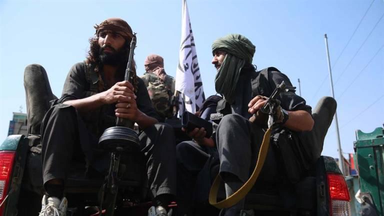 Disparos y gritos: talibanes atacan a manifestantes afganos