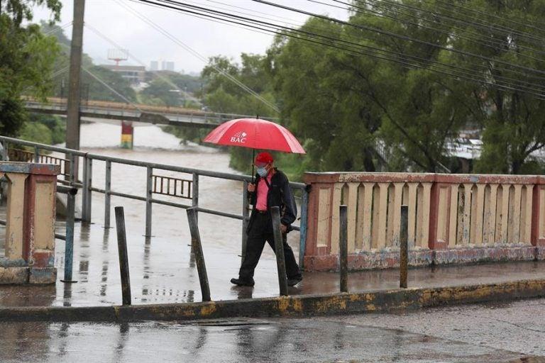Ingresa una vaguada que dejará lluvias en casi toda Honduras
