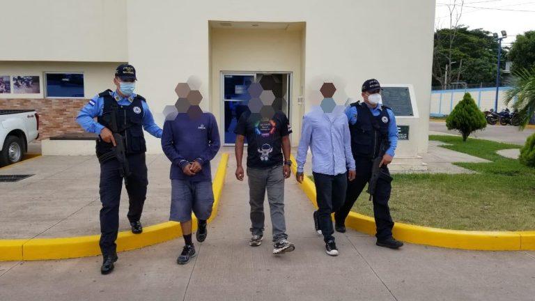 Caen acusados de pedir L 20 millones en secuestro de niño