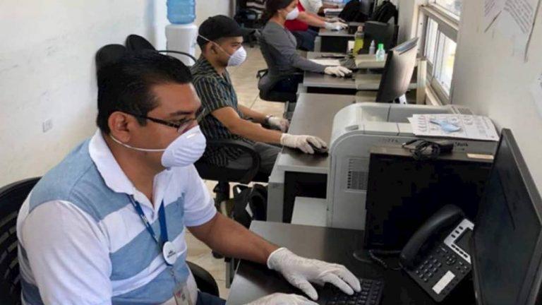 Buscan que vacunación sea obligatoria para empleados públicos