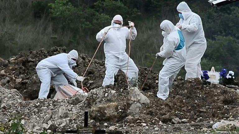 Funerarias: Entre 38 y 45 personas mueren por COVID-19 cada día