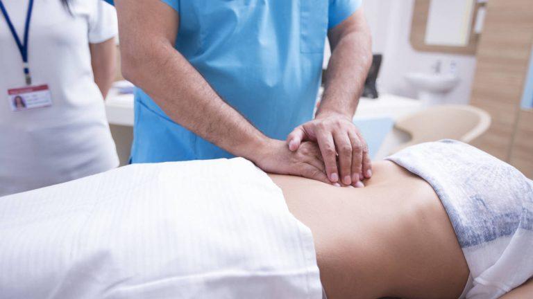 ¿Cómo identificar los síntomas de una apendicitis?