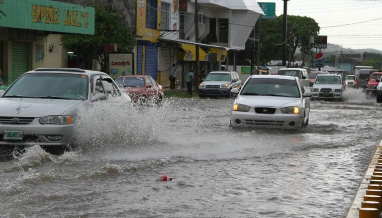 Honduras: unos 10 departamentos registrarán fuertes lluvias hoy