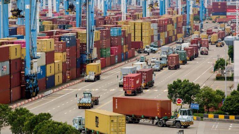 Crisis en transporte marítimo: precios amenazan compras navideñas