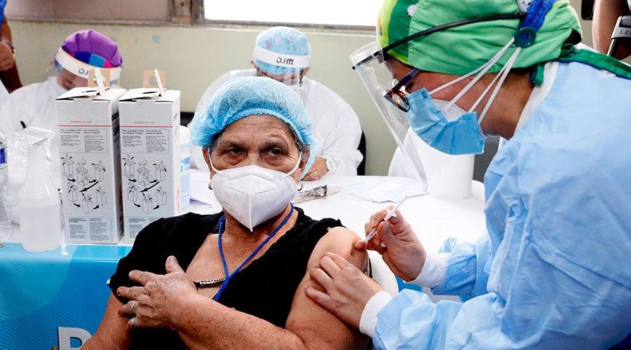 Los centros de salud también se sumarán a la atención del COVID-19.