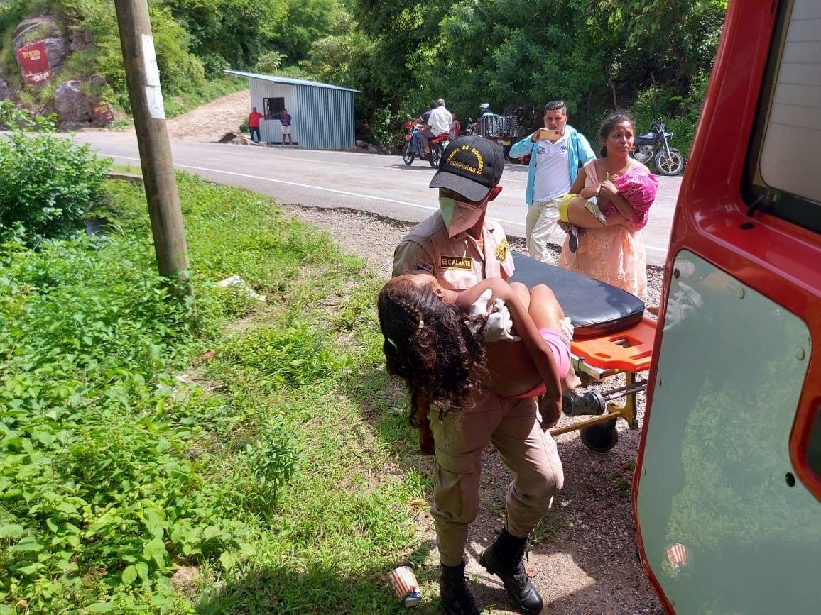 Varios menores de edad resultaron heridos.