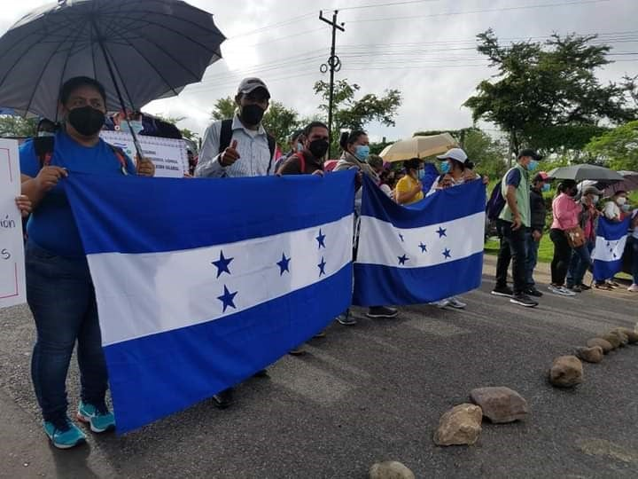 Hasta que no haya una respuesta por parte de la Secretaría de Educación u otras autoridades, las tomas seguirán, advierten los manifestantes.