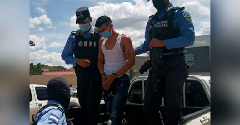 A la cárcel supuesto pandillero acusado de matar a tres personas