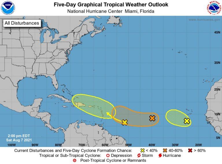 """Un """"tren"""" de ondas tropicales se forma en el Atlántico"""