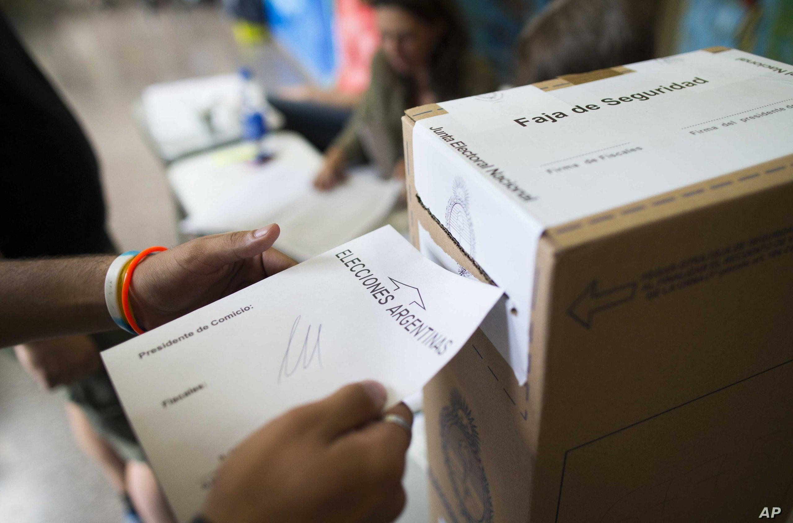 Elecciones primarias 2021 se llevan a cabo en Argentina.