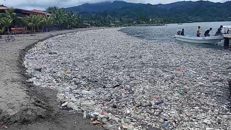 Guatemala tiene 11 de los 25 ríos más contaminados de CA