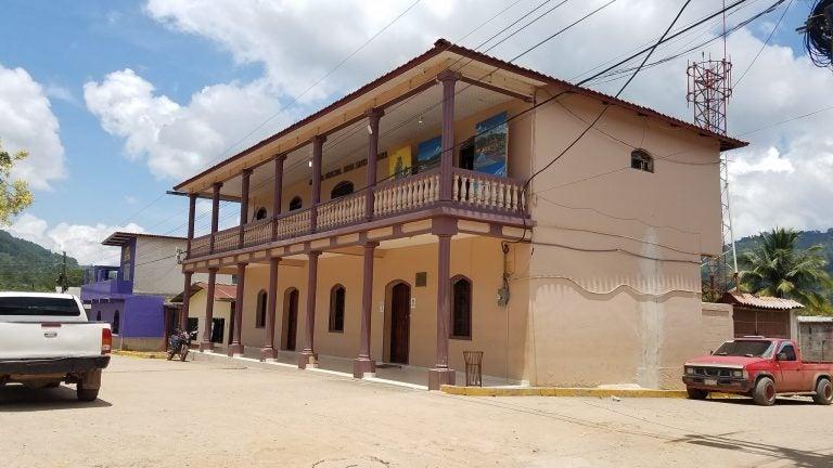 Municipalidad de Atima cierra por «propagación del COVID-19»
