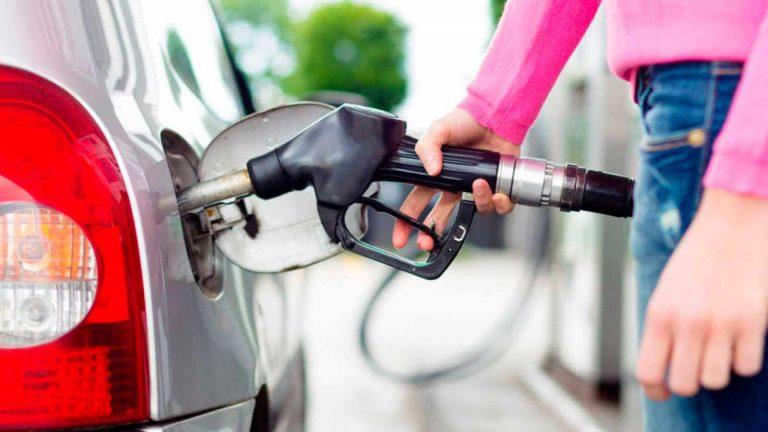 Una nueva alza sufrirán los combustibles a partir del lunes