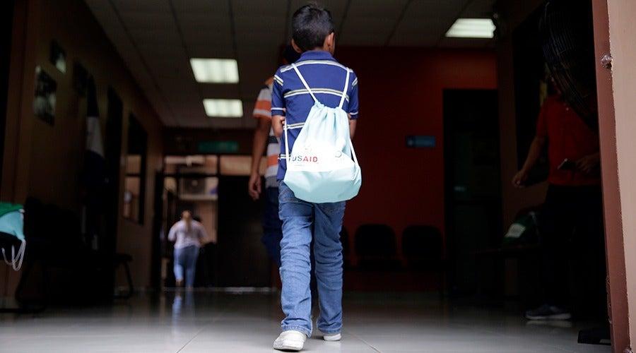 EEUU recibirá menores centroamericanos