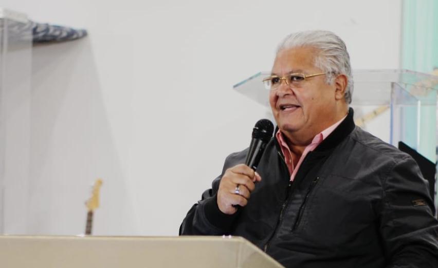 El Pastor Mario Barahona, no creía en el COVID-19.