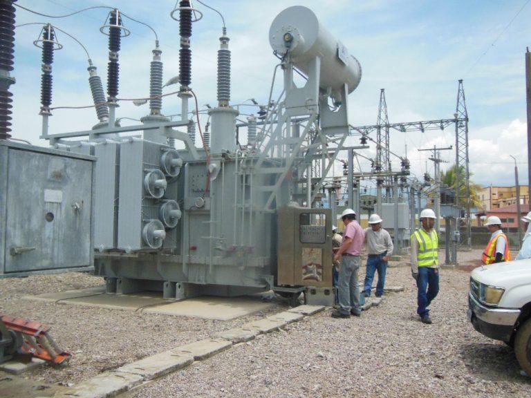 Stenee pide revisar todos los contratos de generadores de energía