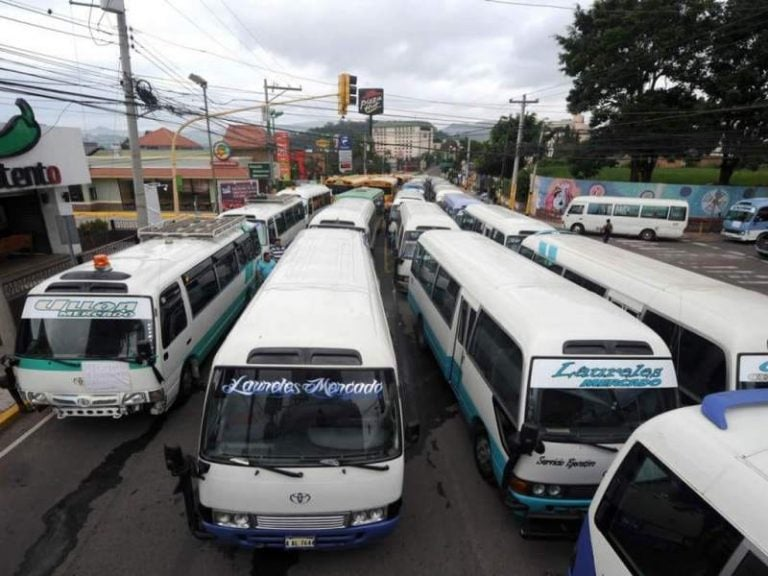 "Transportistas anuncian asamblea: ""No descartamos paro"""