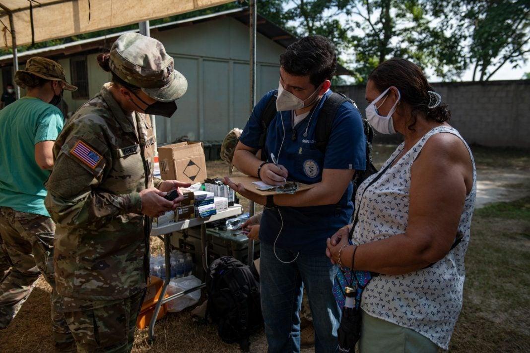 brigada médicos militares