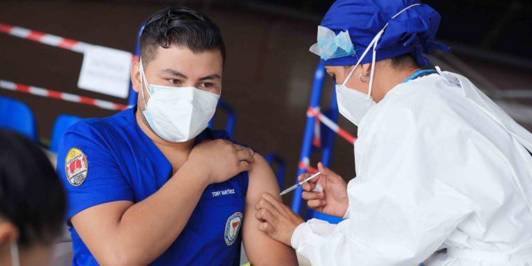 COVID-19: ¿Quiénes y dónde pueden vacunarse hoy, martes?