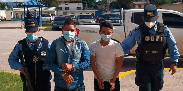 Marco Tulio Cruz y Maynor Antonio Cruz Flores son señalados de participar en la muerte violenta de Santos Pastor Alonzo.