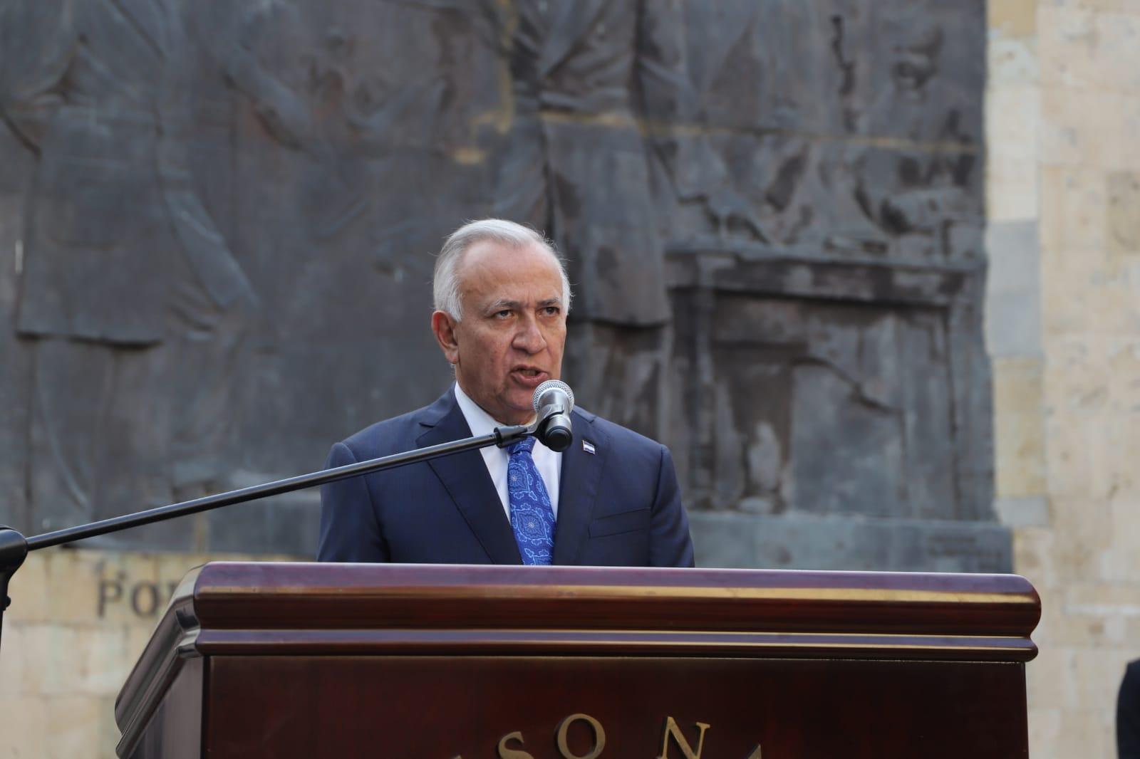 Mauricio Oliva, presidente del Congreso Nacional.