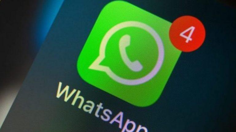 ¿Cómo configurar un mensaje de respuesta automática en WhatsApp?