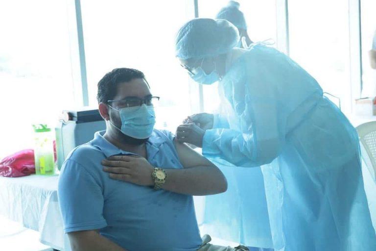 Salud lamenta que el 30 % de la población no se quiere vacunar