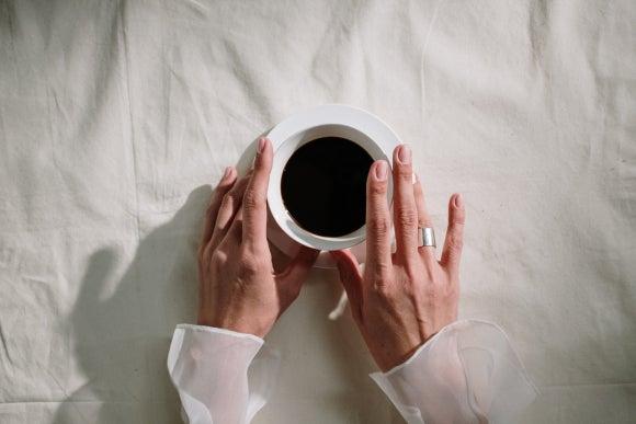 tomar café sin azúcar