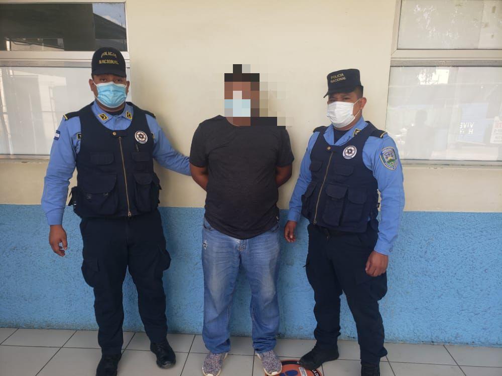 arrestan taxista en SPS