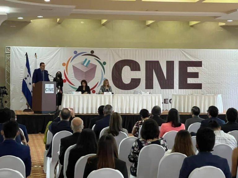 CNE sin firmar contratos con empresas del TREP y biométrica
