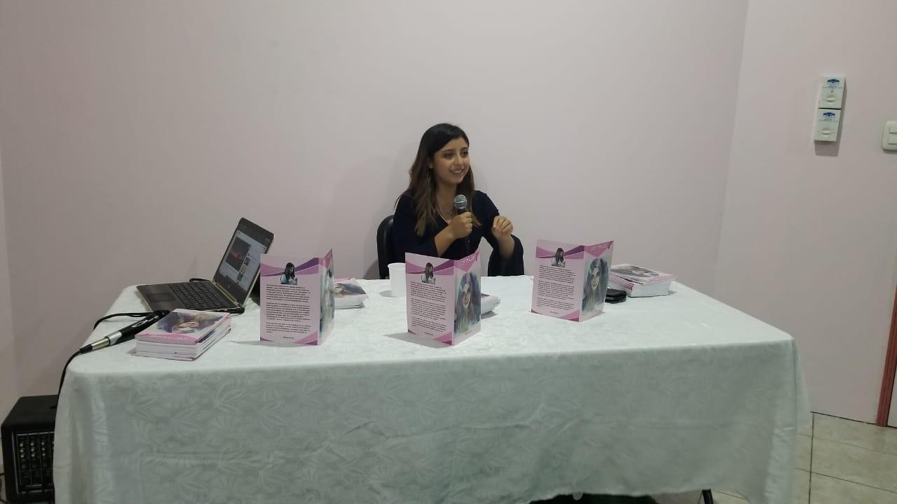 La intención de Wendy es poder empoderar a niñas, jóvenes y mujeres adultas desde la literatura.