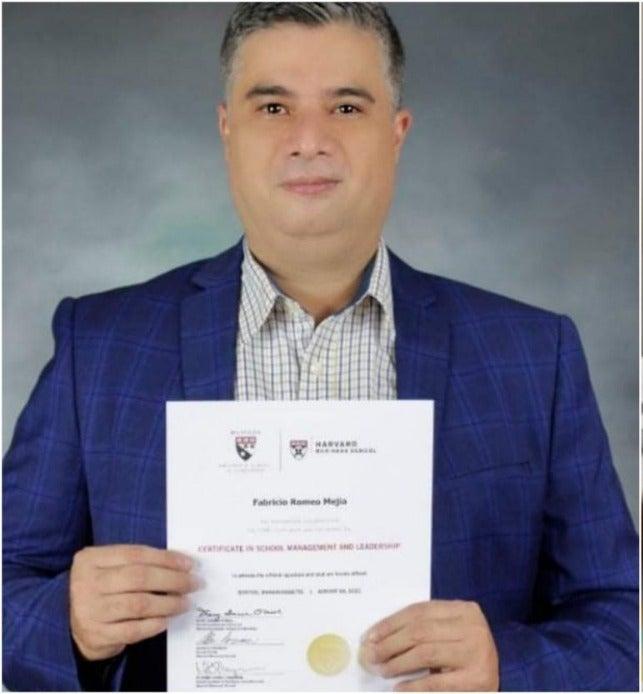 Fabricio Romero, es el único hondureño que admitieron en este importante programa de Harvard.