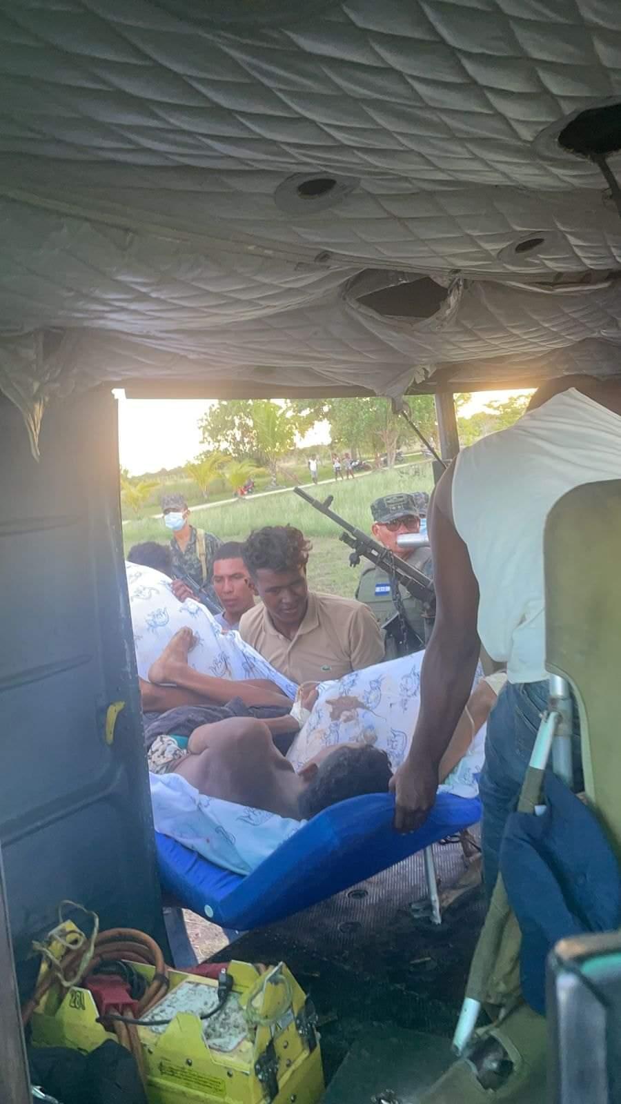 Varios pobladores de la zona fueron heridos, a pesar de que se refugiaron en sus hogares.