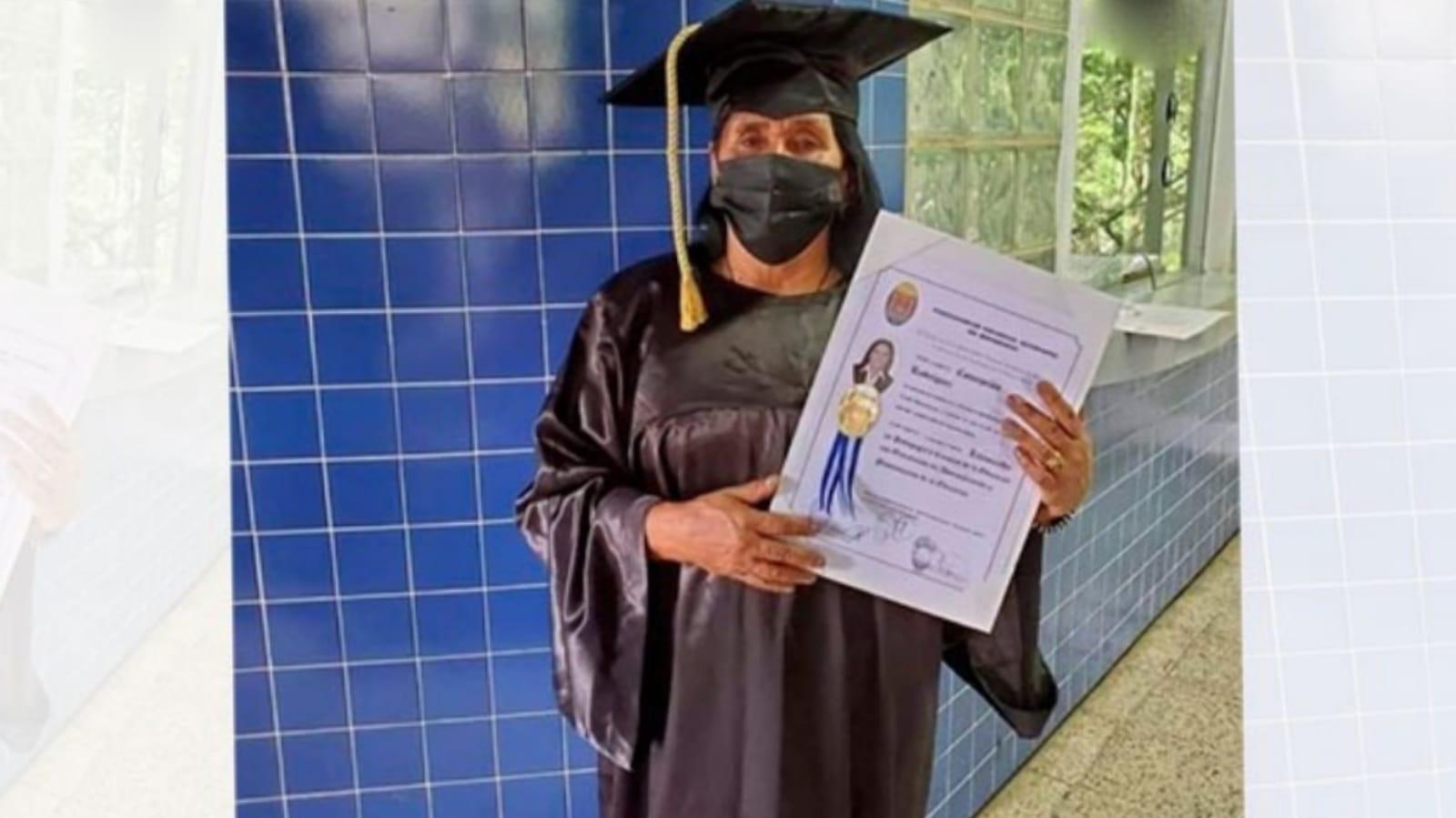 Concepción Rodríguez titulo universitario