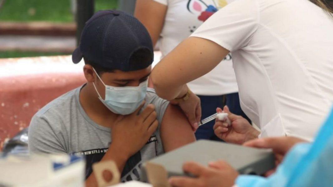 vacunación de personas de 12 años en adelante