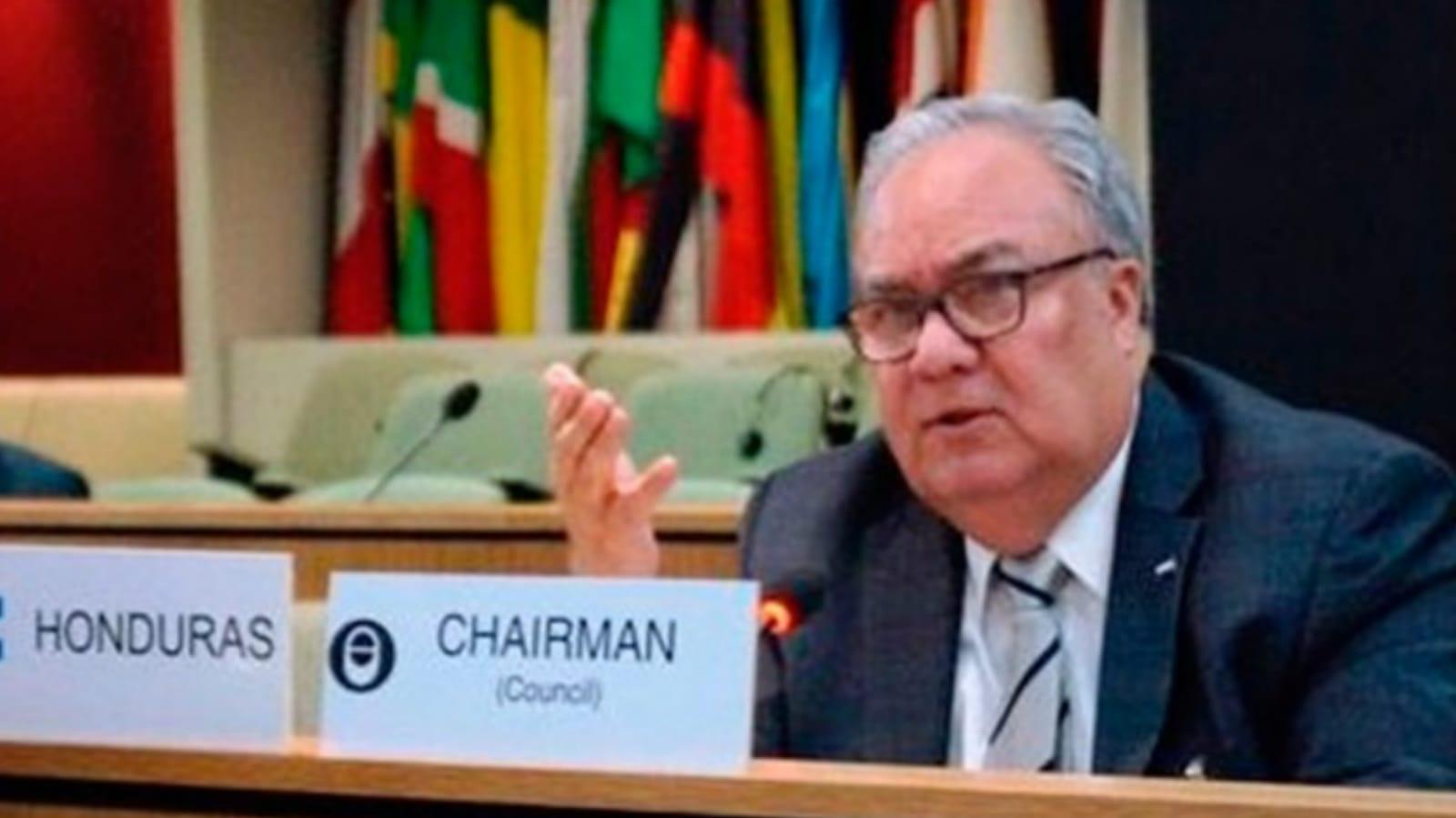 Embajador Iván Romero Martínez