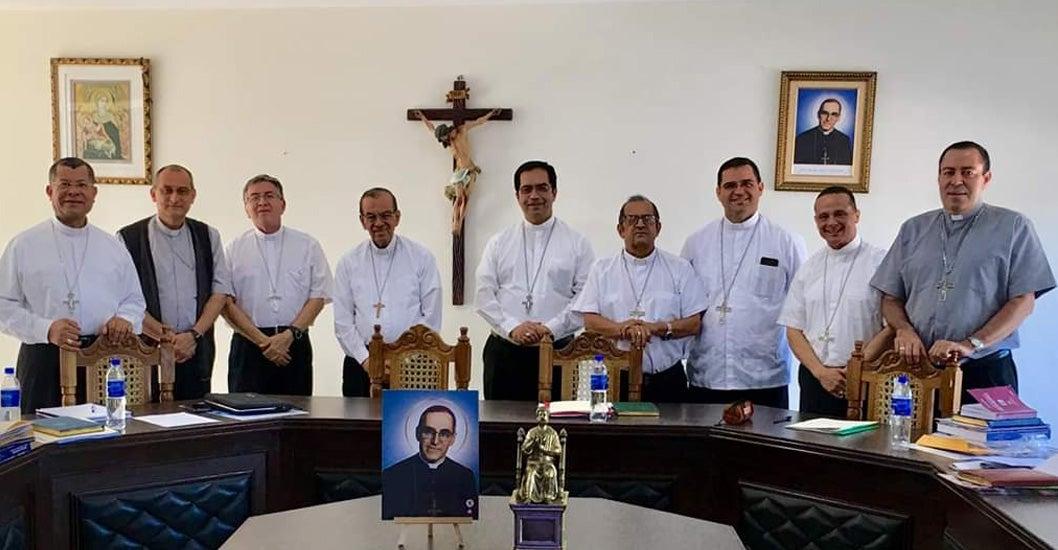 Iglesia salvadoreña rechaza depuración