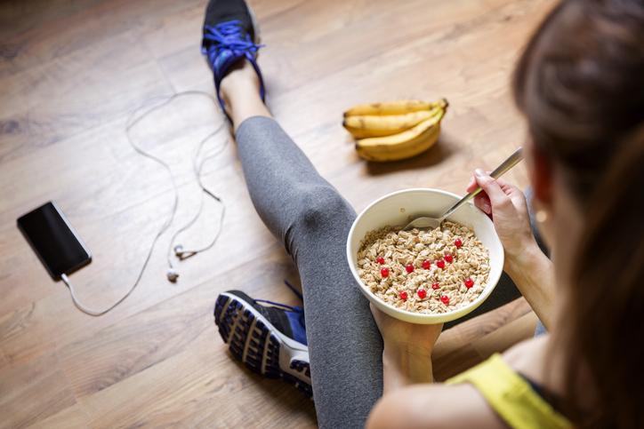 Real o falso: ¿Hacer ejercicios después de comer quema más grasa?