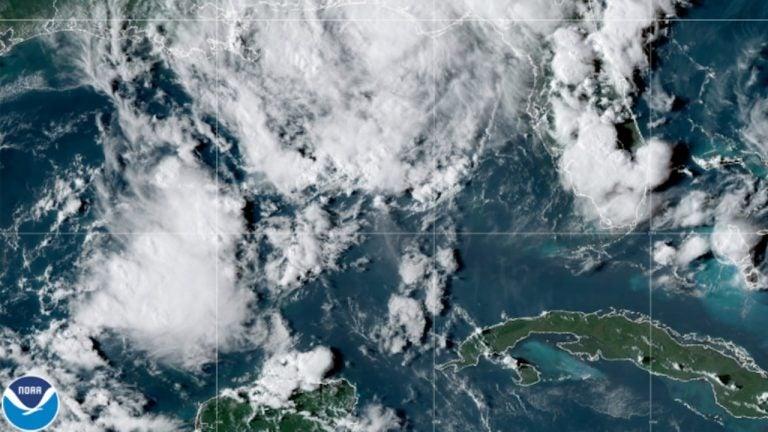 Se forma tormenta Mindy por México y se acerca a Florida
