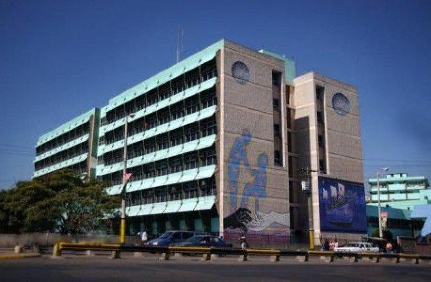 Hospital Escuela líneas telefónicas pacientes COVID-19