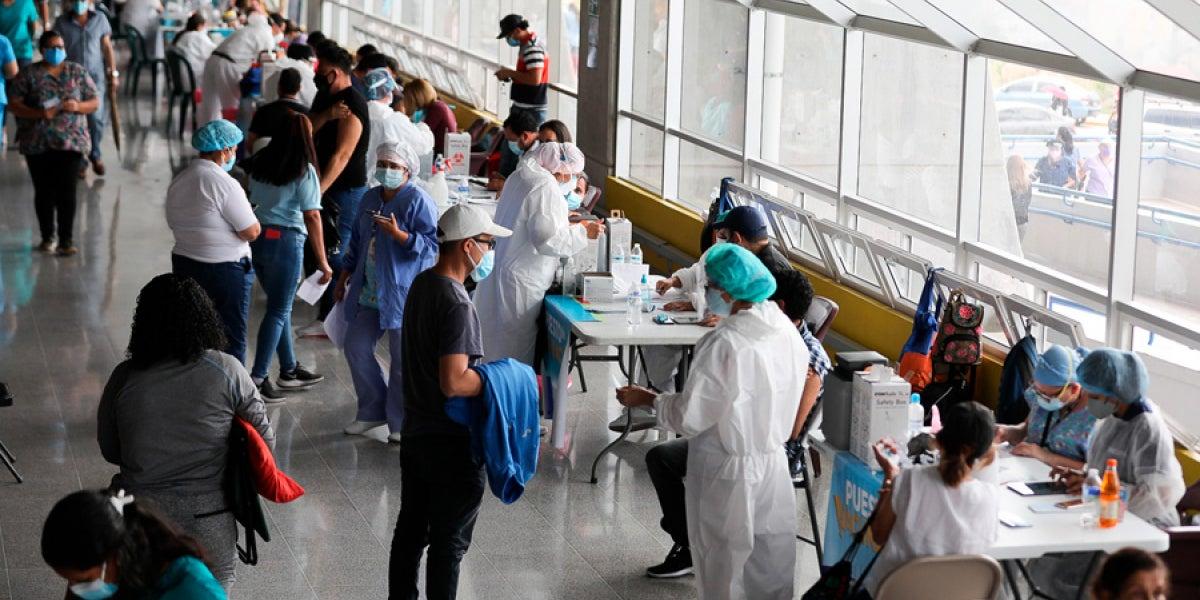 Vacunación domingo 10 octubre