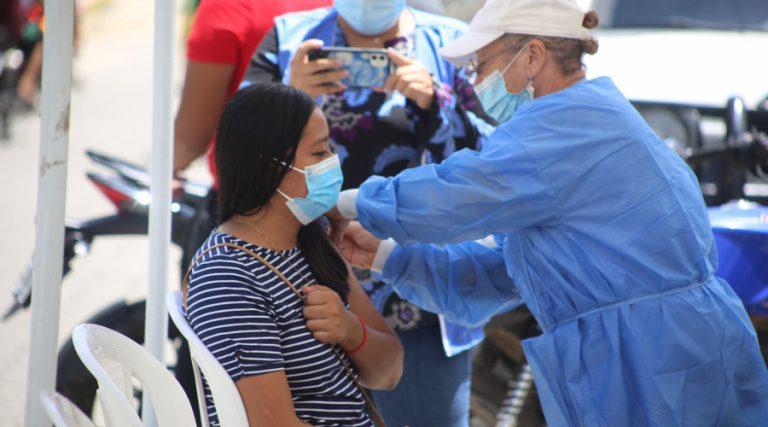 COVID | ¿Dónde y quiénes pueden vacunarse este día?