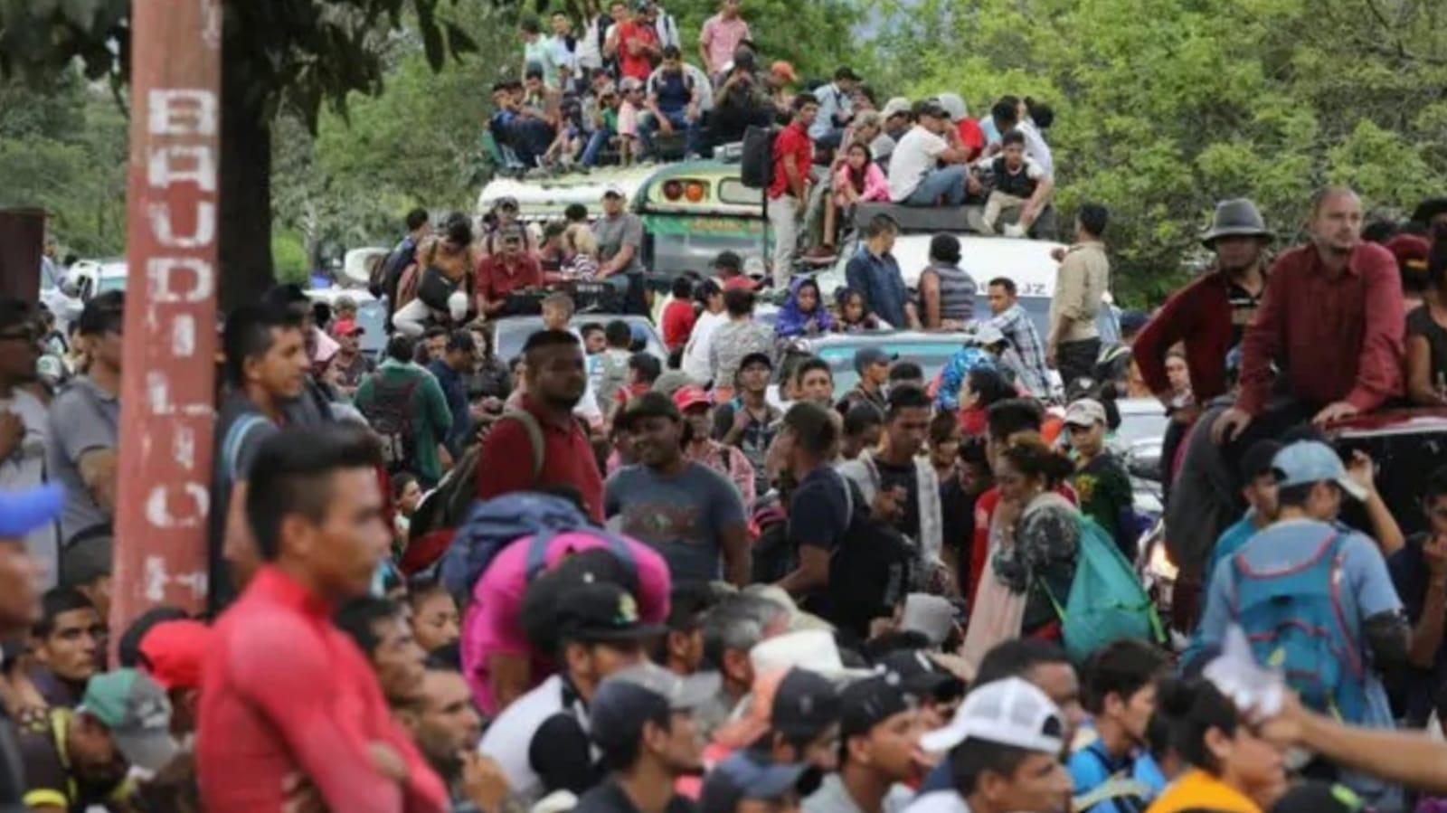 Bartolo Fuentes caravanas persecución