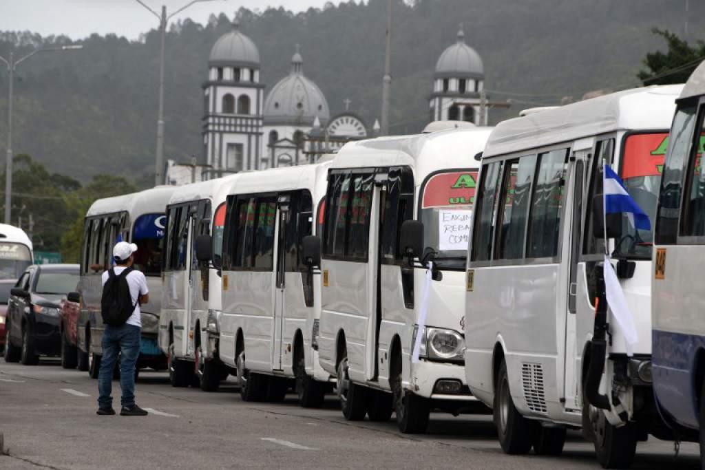 El sector transporte de Honduras durante años ha estado de rodillas por el cobro de extorsión. Una ruta paga hasta a tres o cuatro grupos criminales.