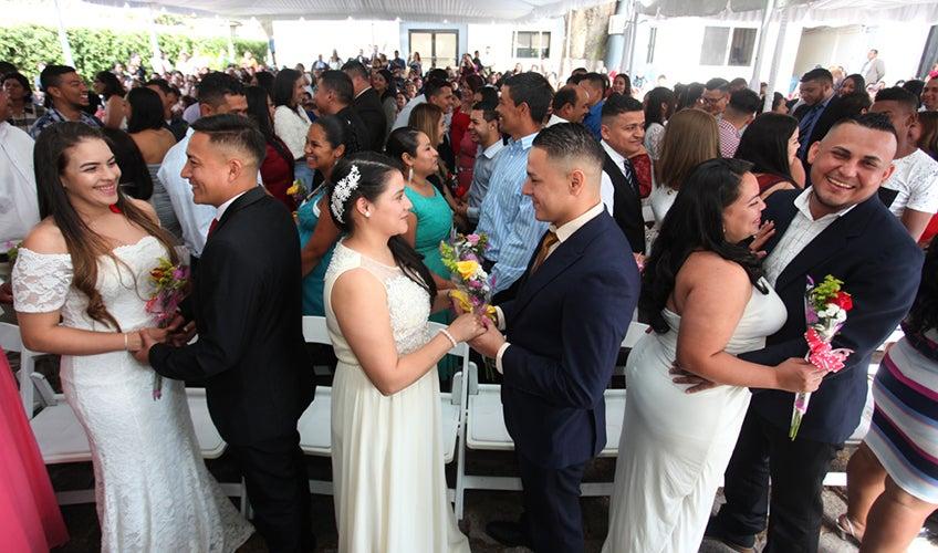 Hondureño constancia para casarse