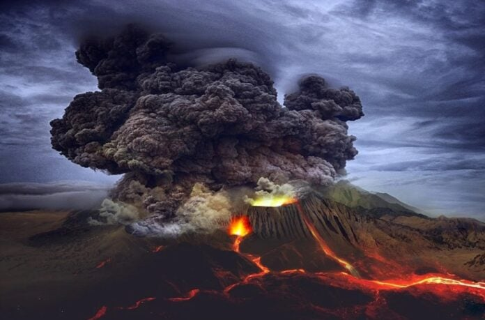 GALERÍA: Volcán de La Palma abre nuevo cráter y expulsa más lava